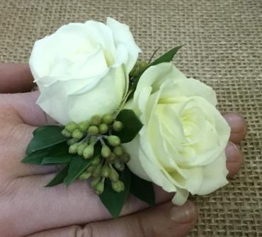 **New Item** Ring Corsage