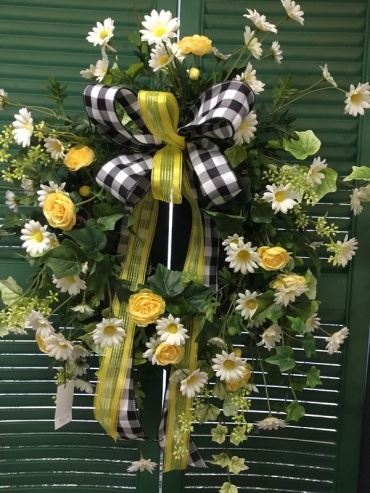 Daisy and Rose Wreath